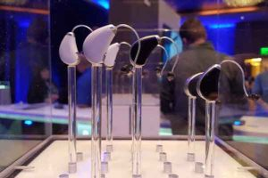 Traditional Hearing Device or High-Tech Hearable: Which One's Right for You?